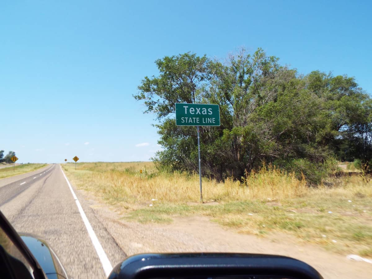 Crossing the Texas state line on old route 66